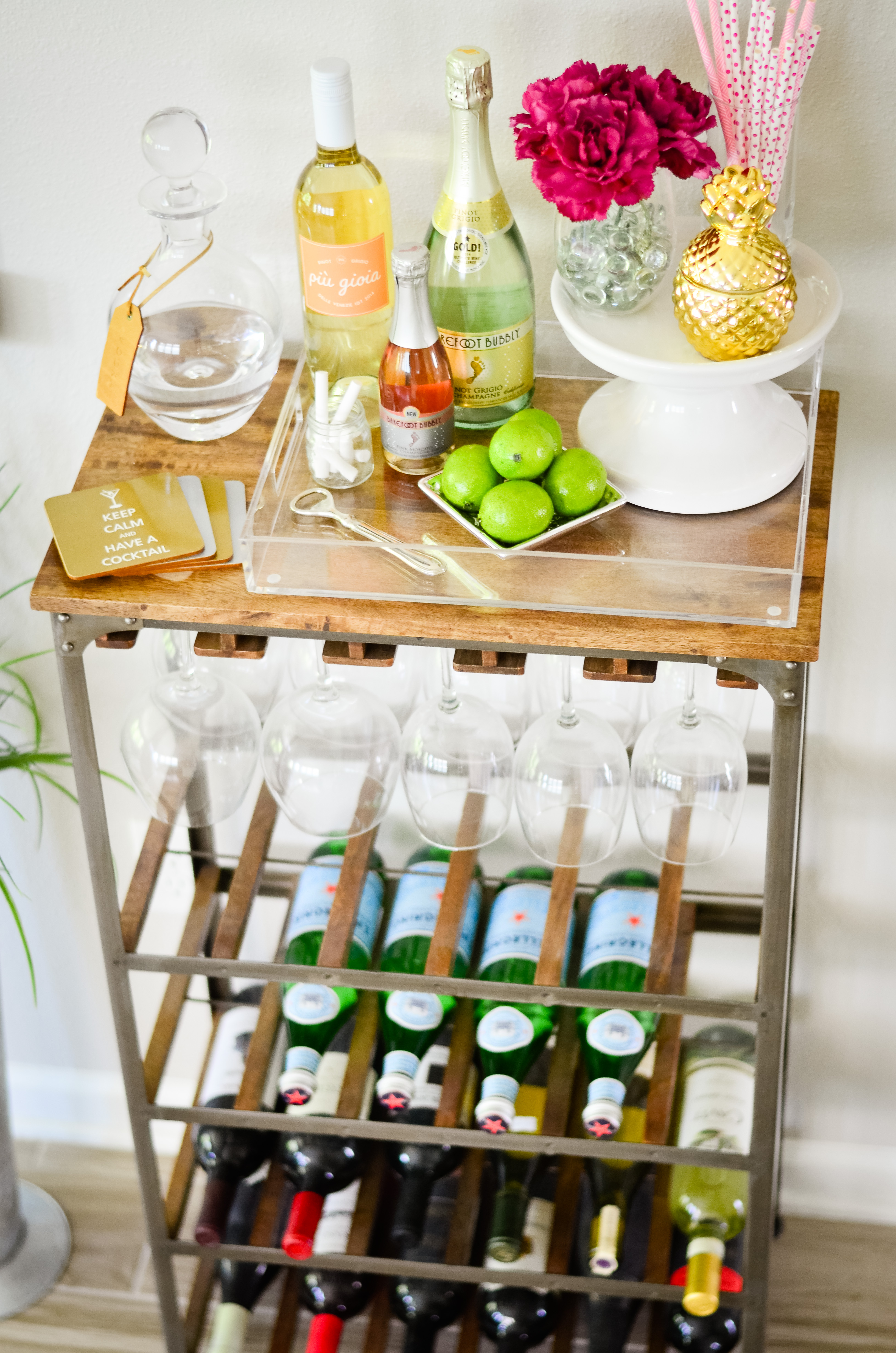 Bar Cart Styling My Favorite Summer Cocktail Under 100 Cals Hello Alley