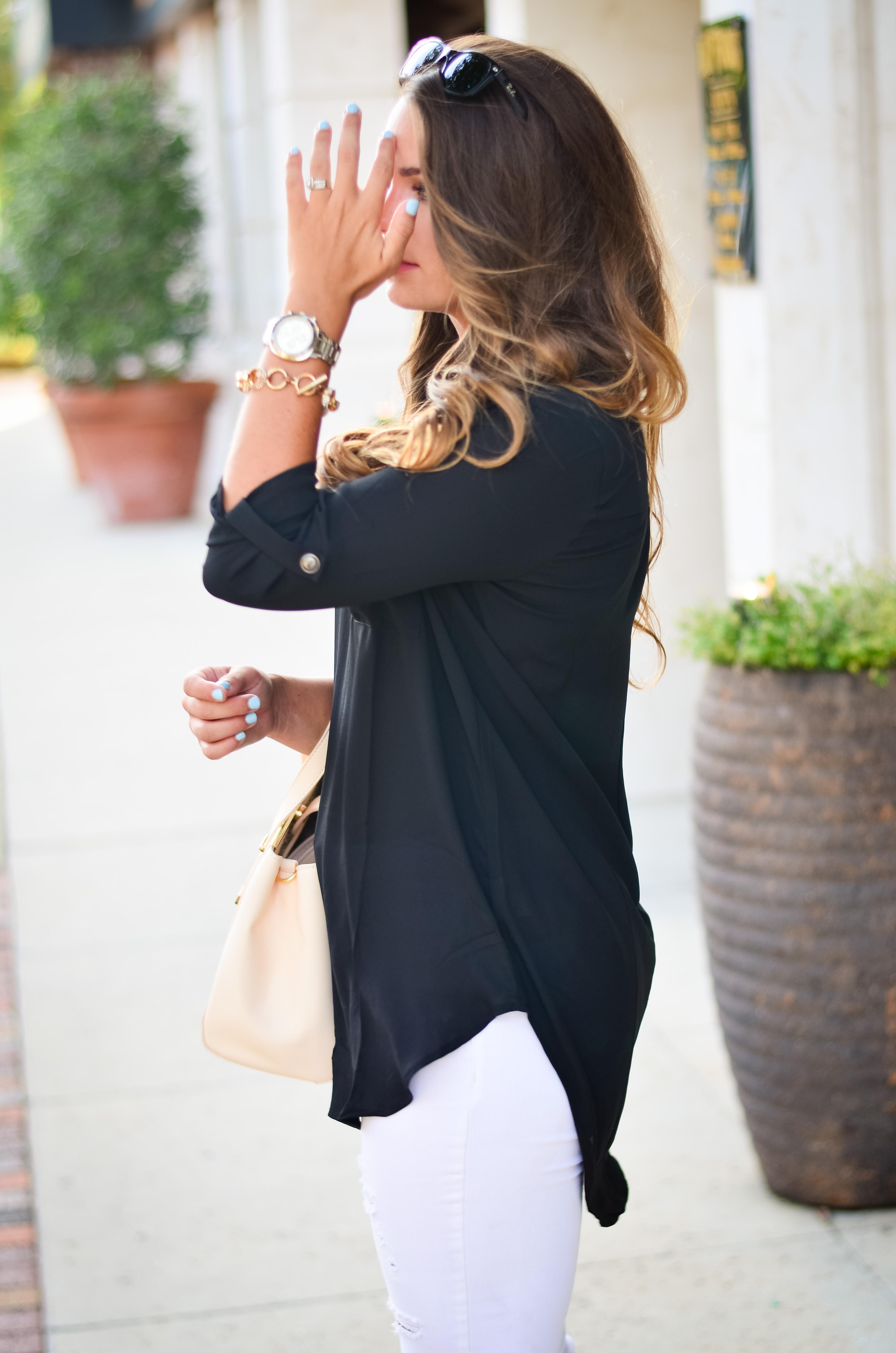 black tunic white jeans Aubrey Alley -15