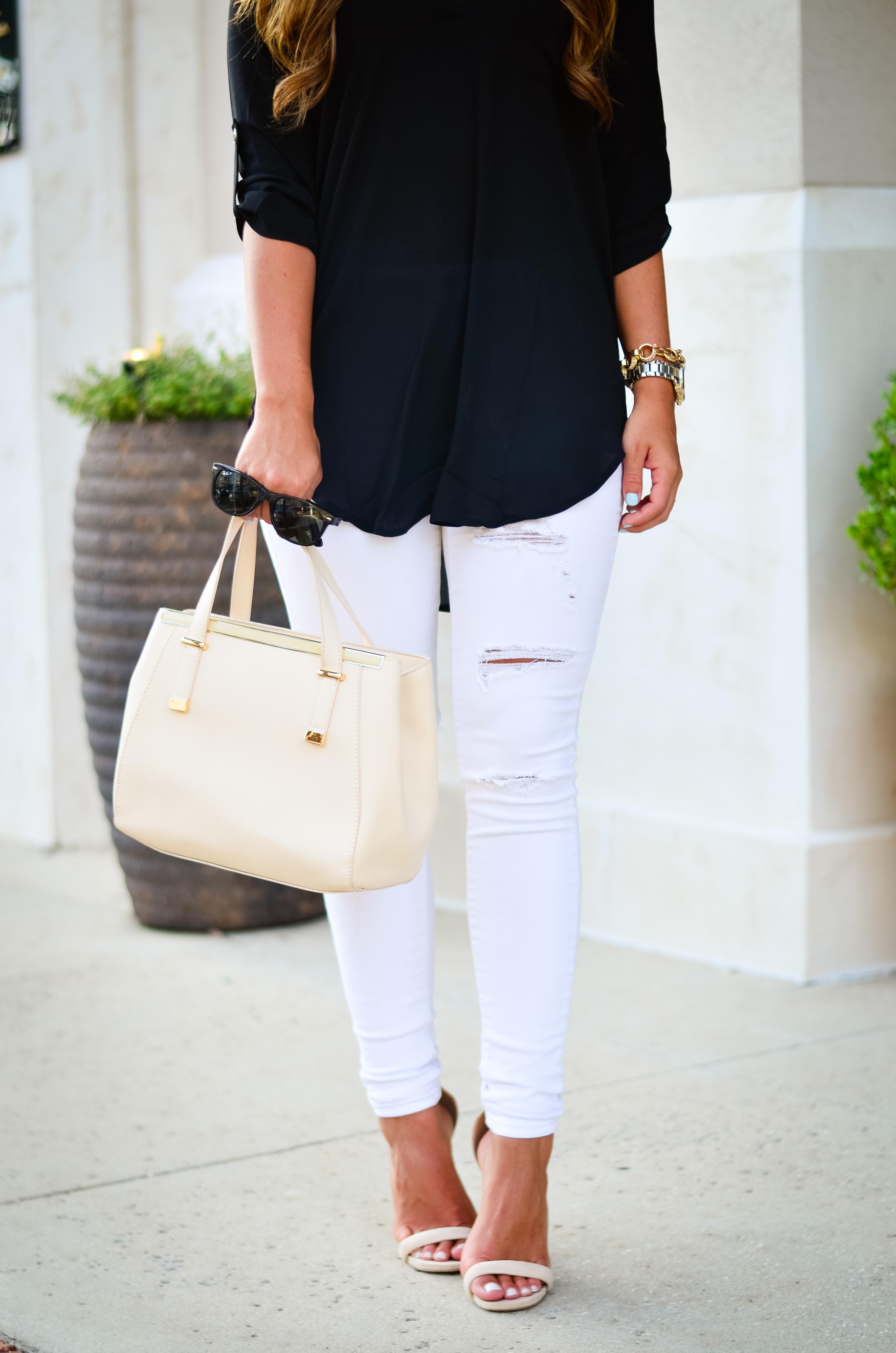black tunic white jeans Aubrey Alley -27