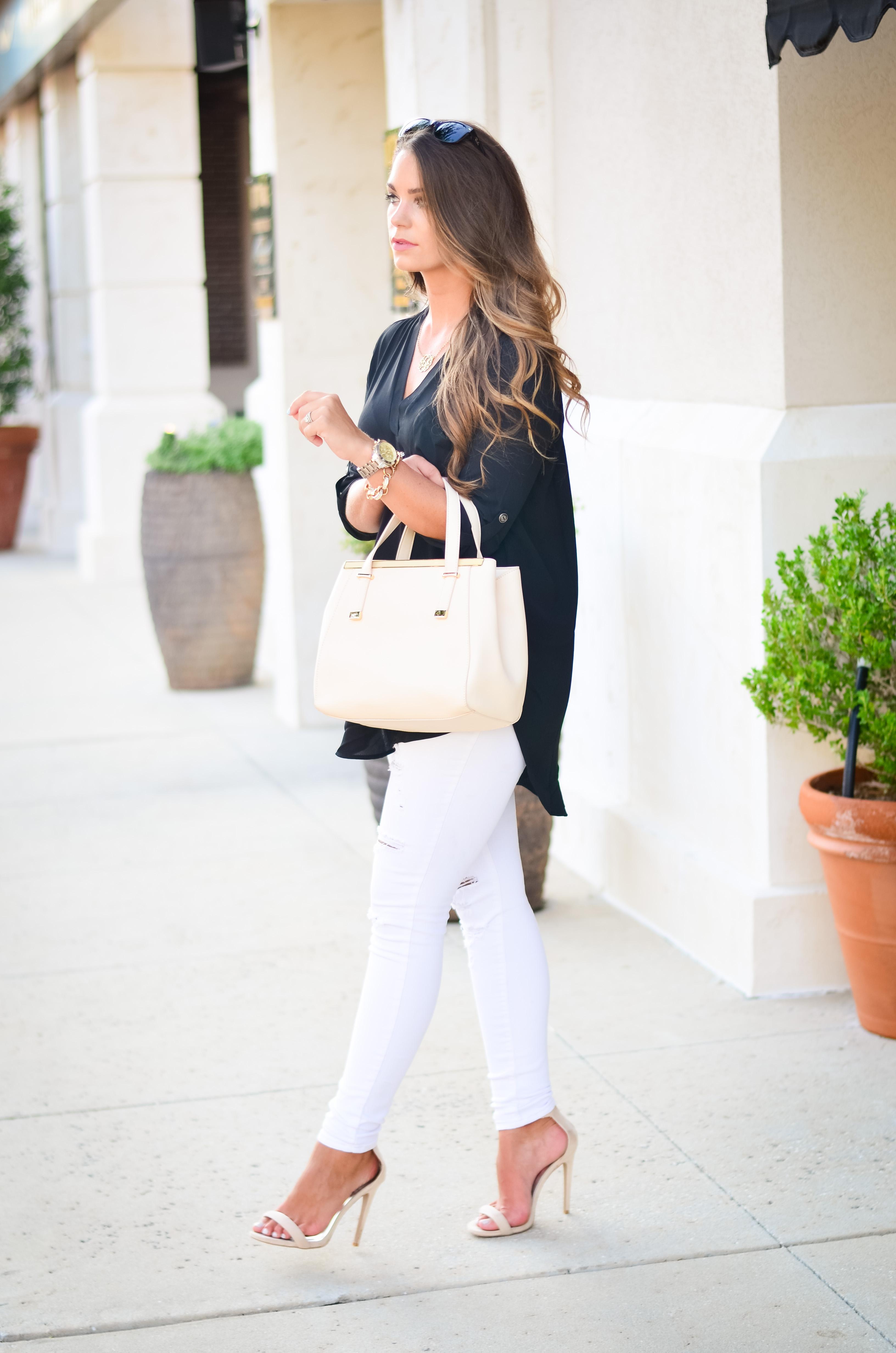 black tunic white jeans Aubrey Alley -7