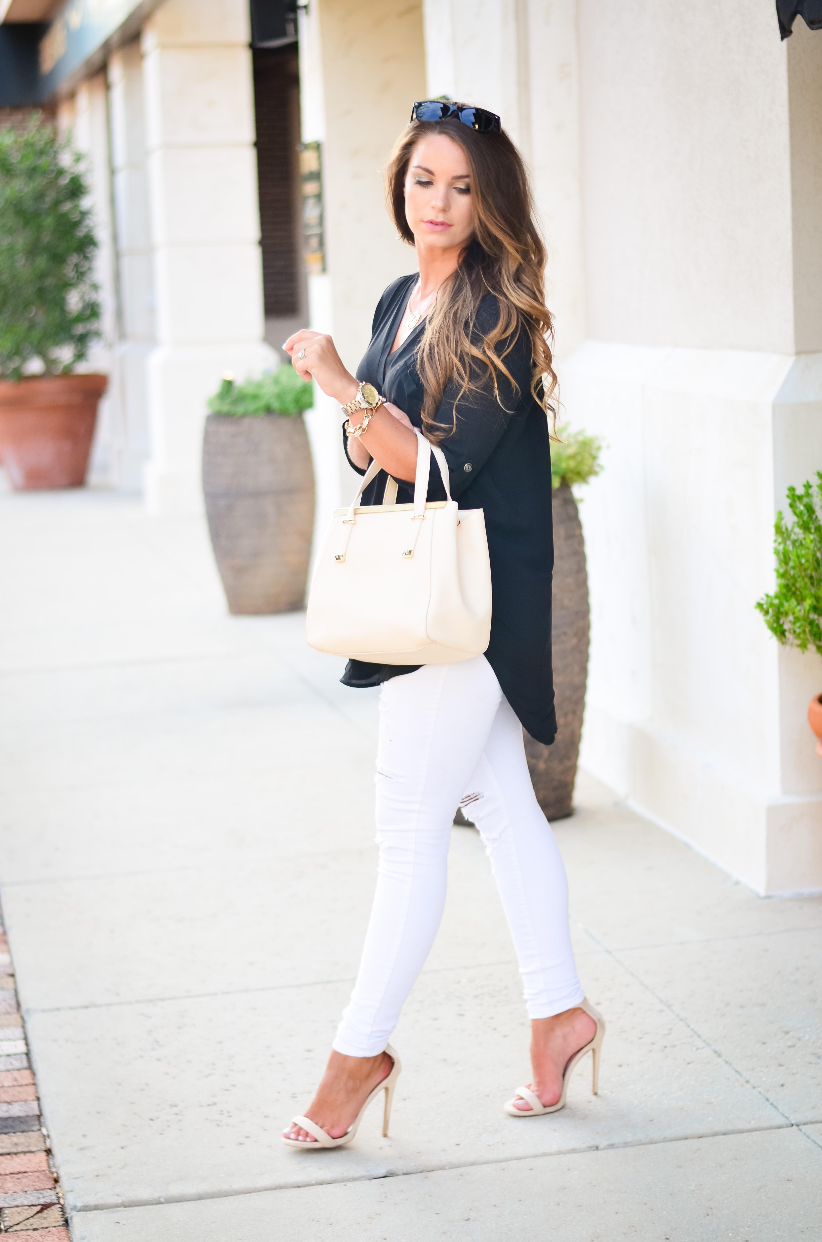 black tunic white jeans Aubrey Alley -8