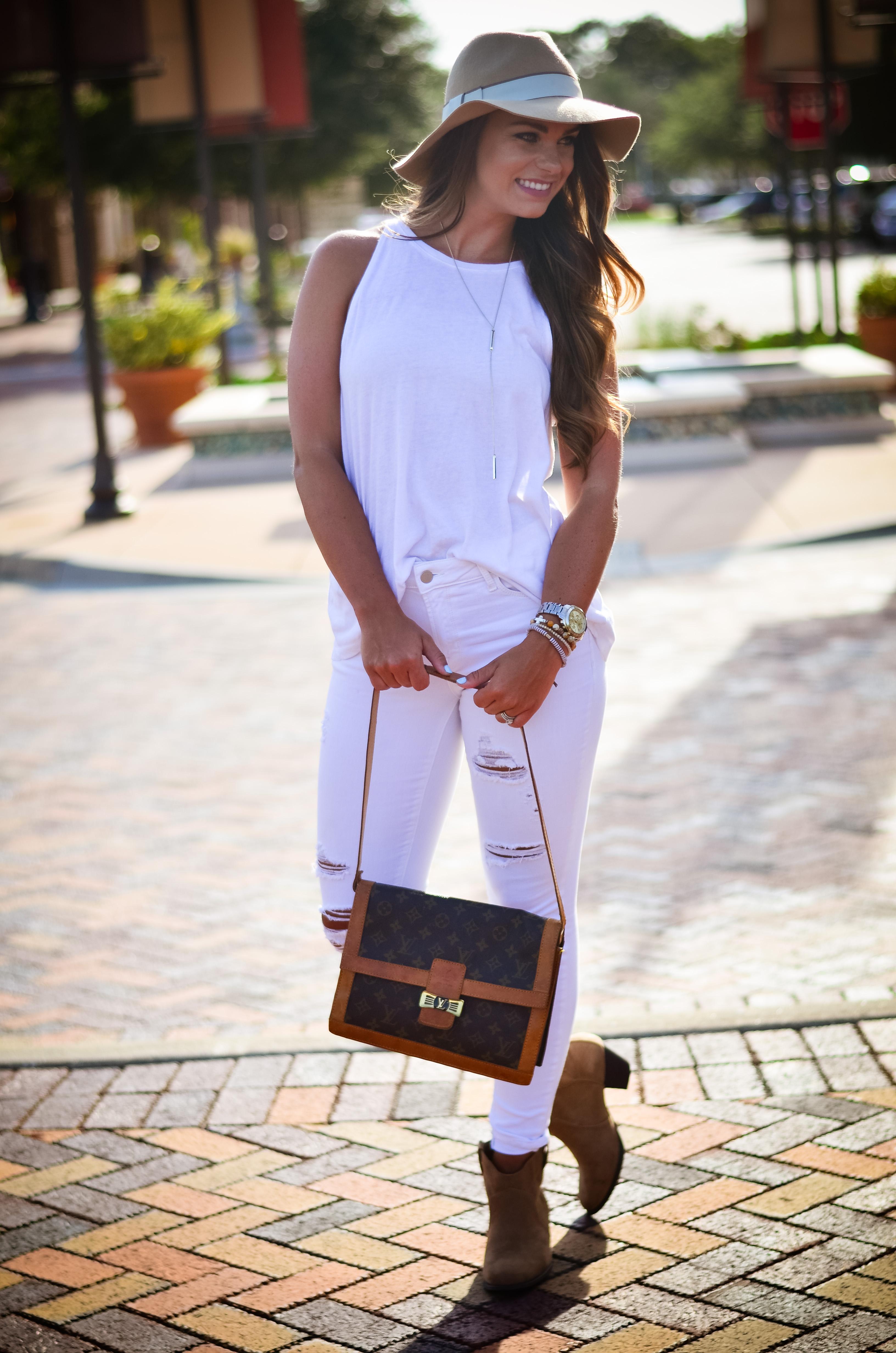 white on white floppy hat hello alley-33