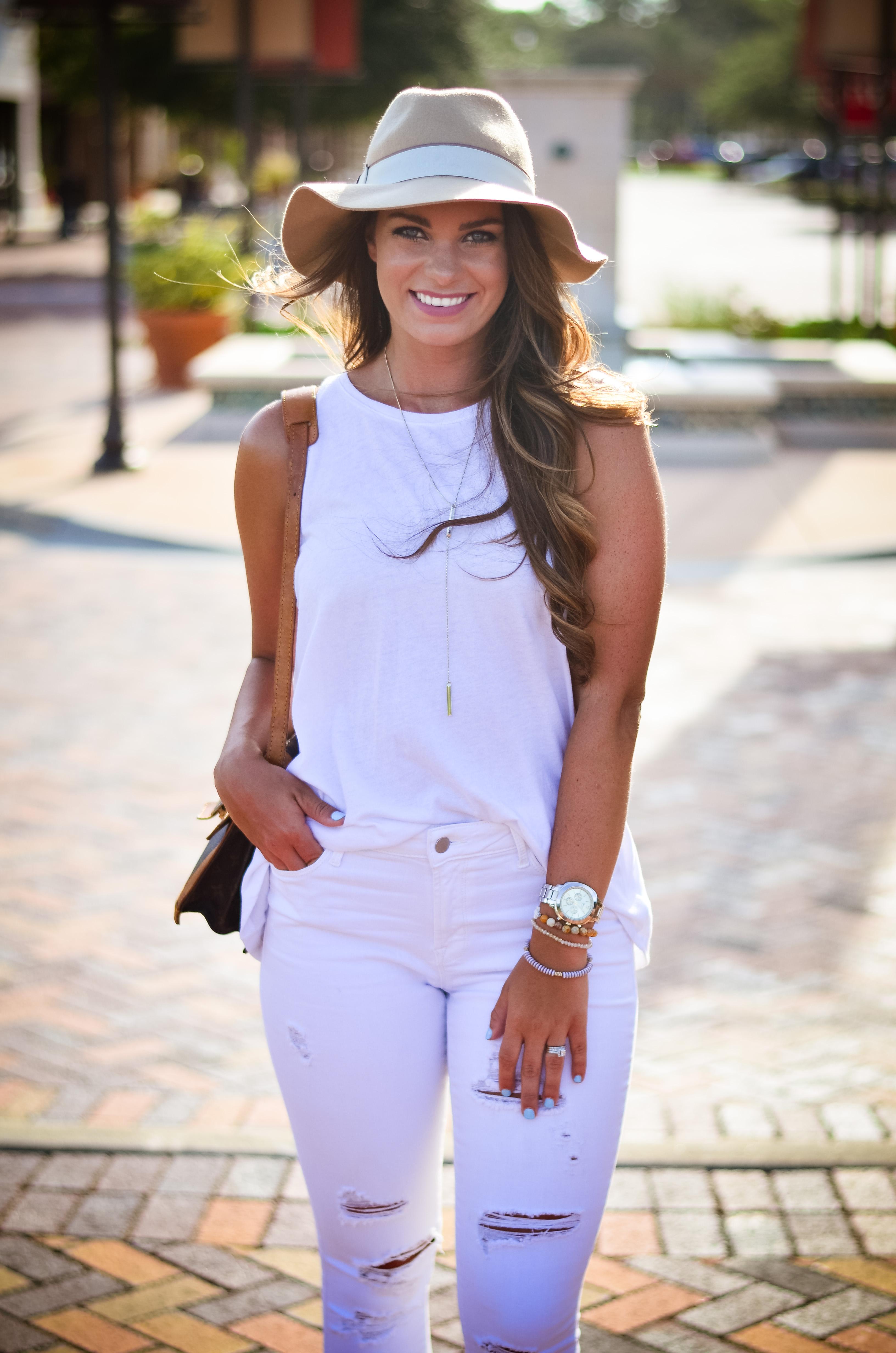 white on white floppy hat hello alley-36