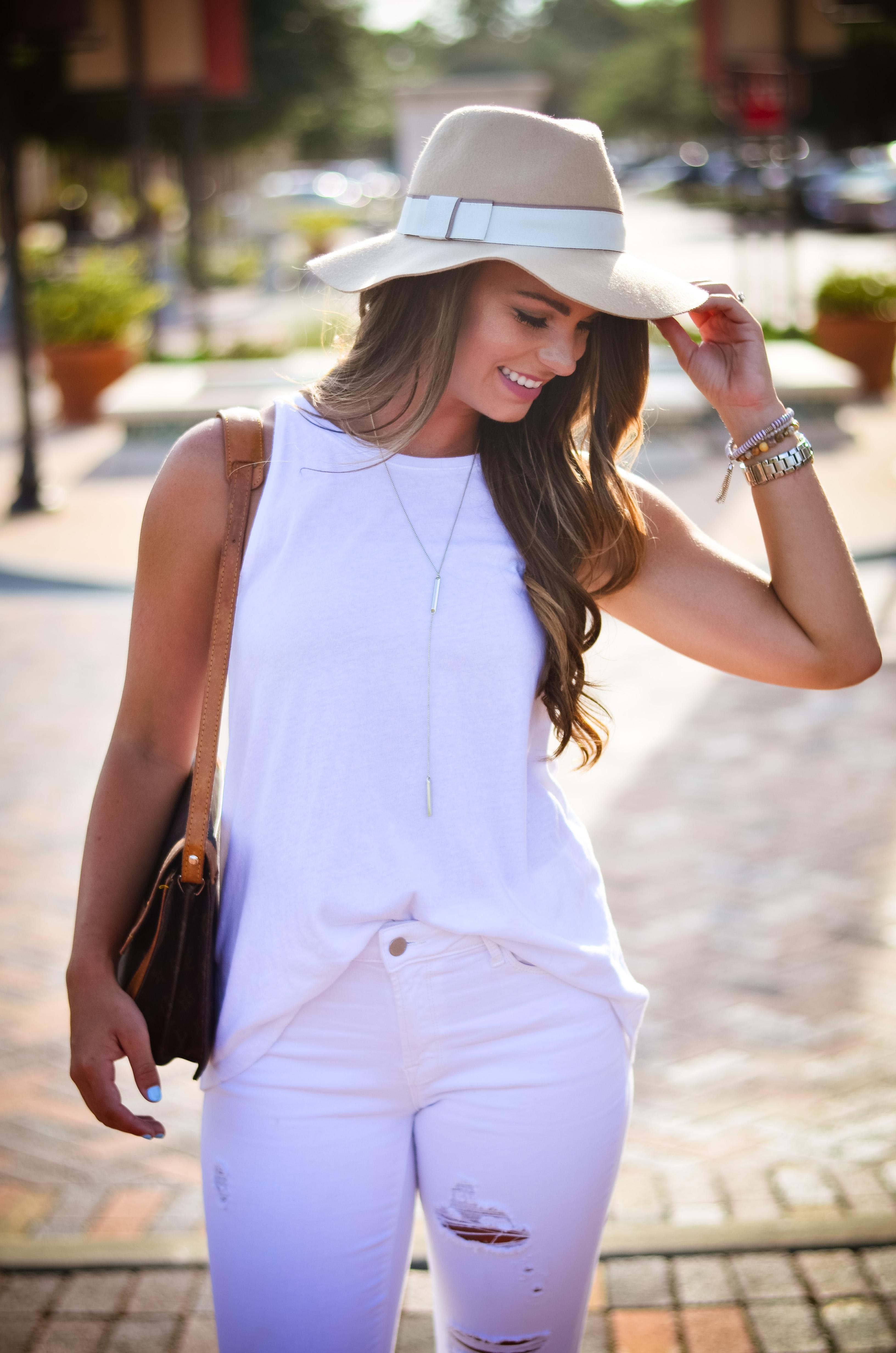 white on white floppy hat hello alley-41