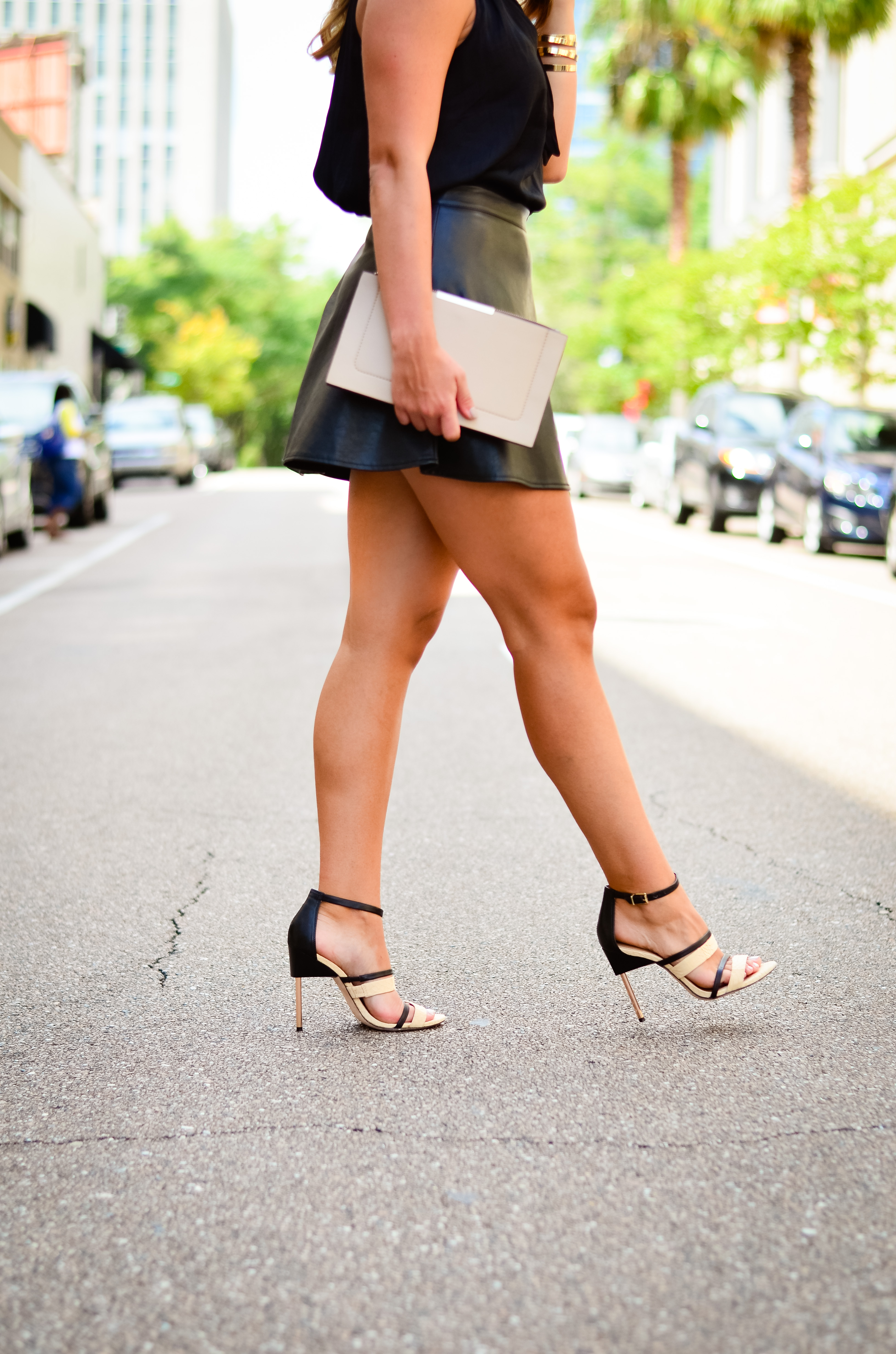 black-shirt-black-skater-skirt-one-year-blogversary-17
