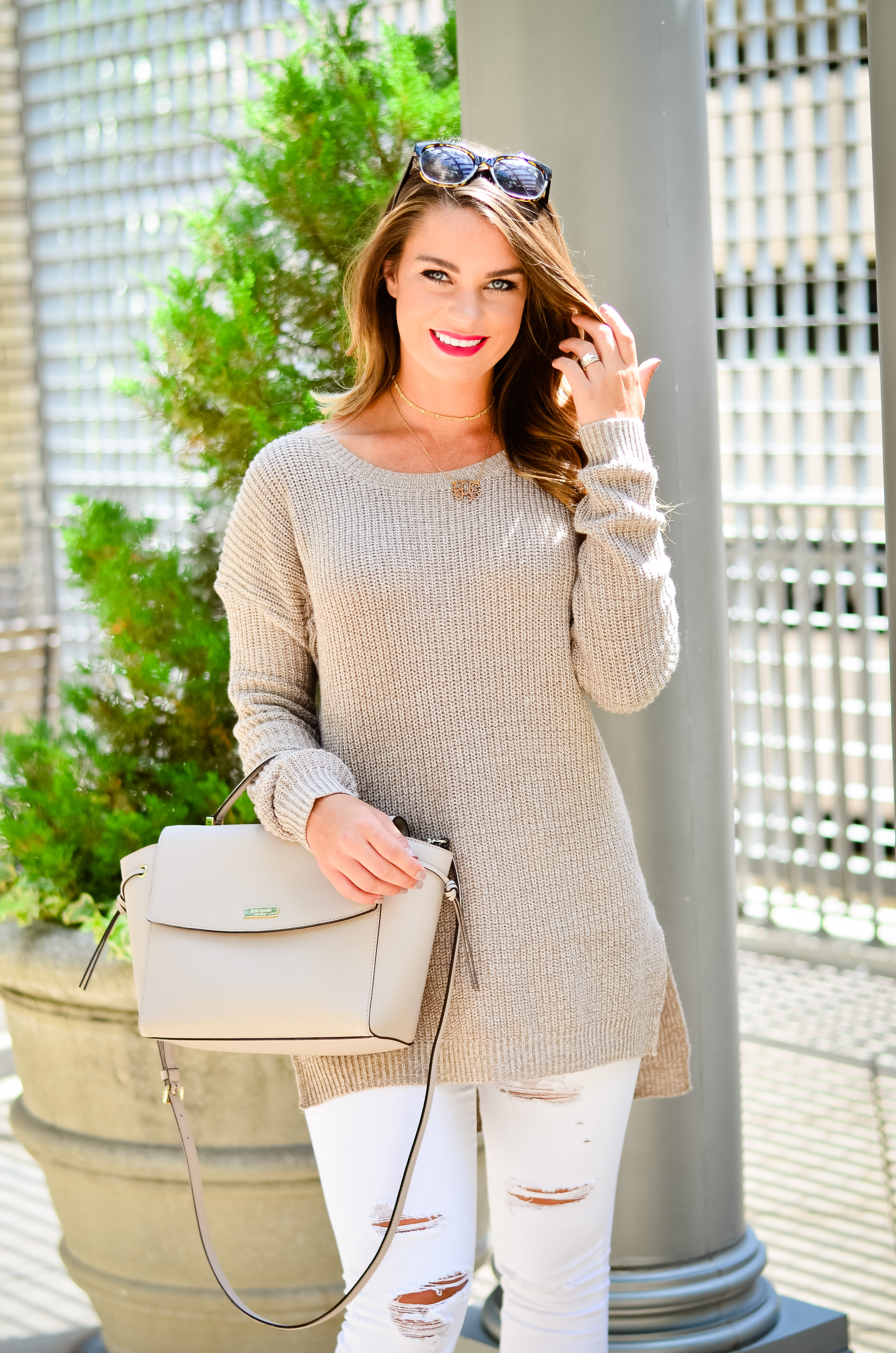 white-denim-oversized-brown-sweater-24-1